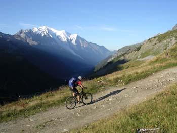 tour_mont_blanc_bike1